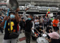 Thaïlande : les manifestants reviennent dans les rues de Bangkok pour protester contre le crime de lèse-majesté