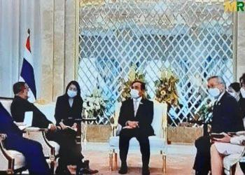 Thaïlande : le Premier ministre Prayut Chan-o-cha déclare que sa rencontre avec un représentant de la junte militaire birmane ne constitue pas un « soutien »