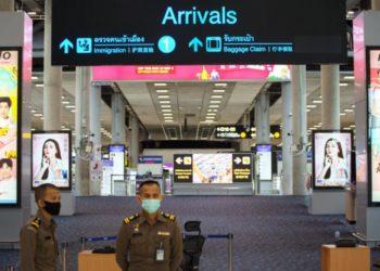 La Thaïlande espère la levée des restrictions liées au coronavirus Covid-19 d'ici octobre 2021