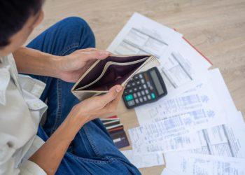 La dette des ménages thaïlandais continue d'augmenter et représente désormais 89,3 % du PIB
